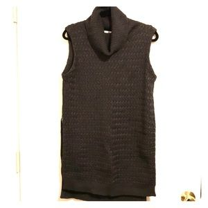 Bailey 44 Cable Knit Sleeveless Gray Sweater Large
